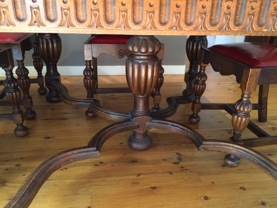 5 Leg Extension Table 6 Chairs And Sideboard Ornate My