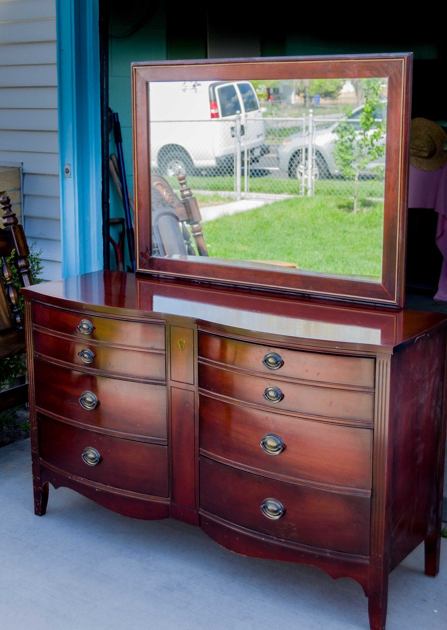 My Father Passed Away Over A Year Ago And Yesterday Was The First Time I  Really Had A Good Look At This Dixie Chest Of Drawers And Mirror. Let Me  Include My ...