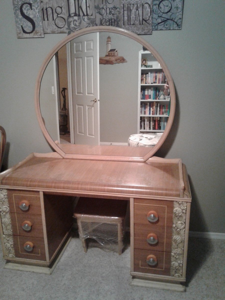 Williamsport Furniture Co Vanity Age And Value My