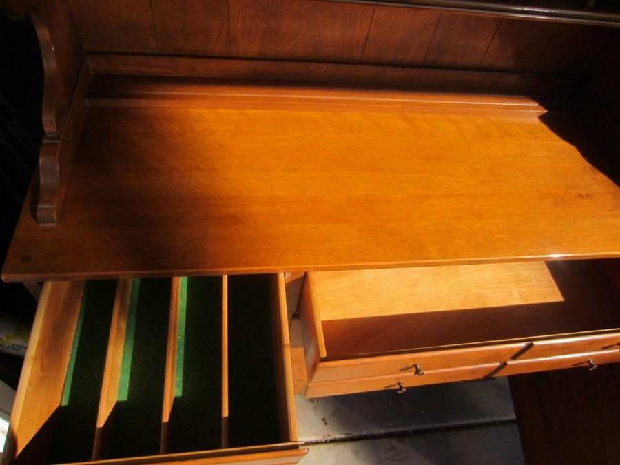 Value Of 1950 S Ethan Allen Buffet Hutch My Antique