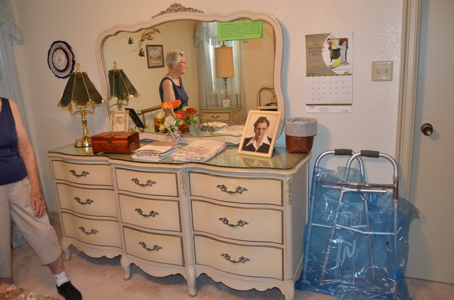 i have a 1960's white french provincial bedroom set with