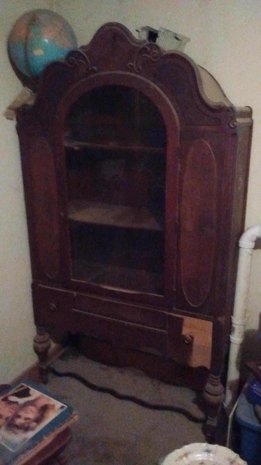 I Ve Had This Reaser Furniture Company Hutch In My