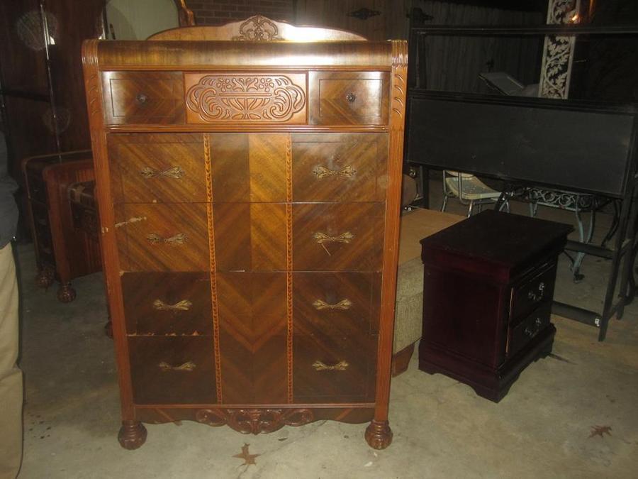 Determine the Age of Antique Furniture