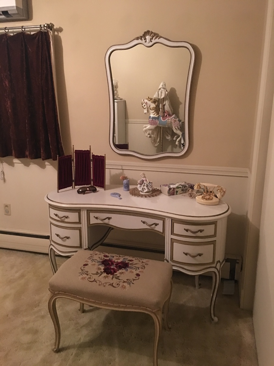 I Have A Drexel French Provincial Bedroom Set That Is Over