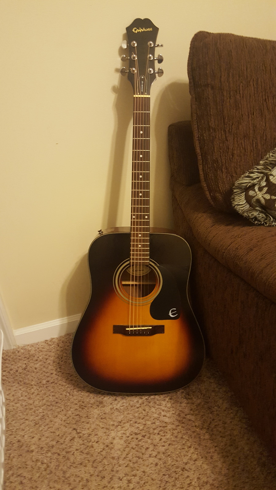 what is the value of epiphone gibson pr 200 vs serial numbe my guitar buddies. Black Bedroom Furniture Sets. Home Design Ideas