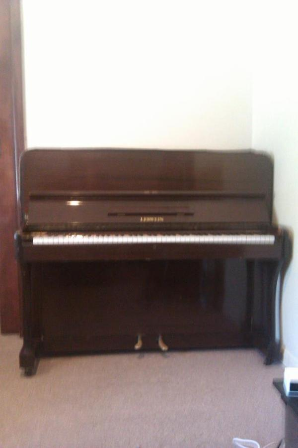 I Have A Upright LESWEIN Piano That I Am Looking To Sell. Im Not Sure How O... | My Piano Friends