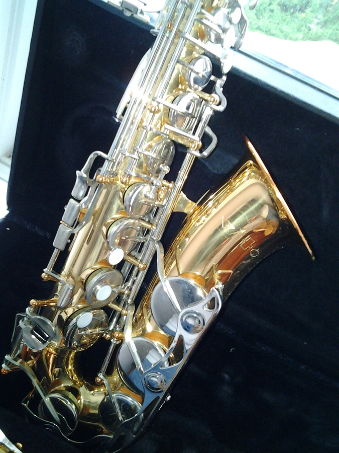 how much is my leblanc vito alto saxophone it is stamped japan with serial saxophone people. Black Bedroom Furniture Sets. Home Design Ideas