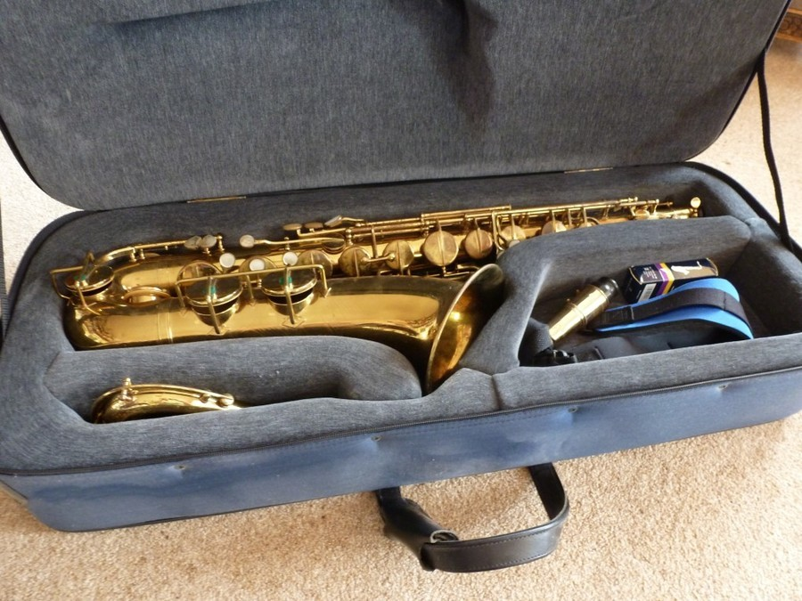 pennsylvania special tenor saxophone how much is it worth saxophone people. Black Bedroom Furniture Sets. Home Design Ideas