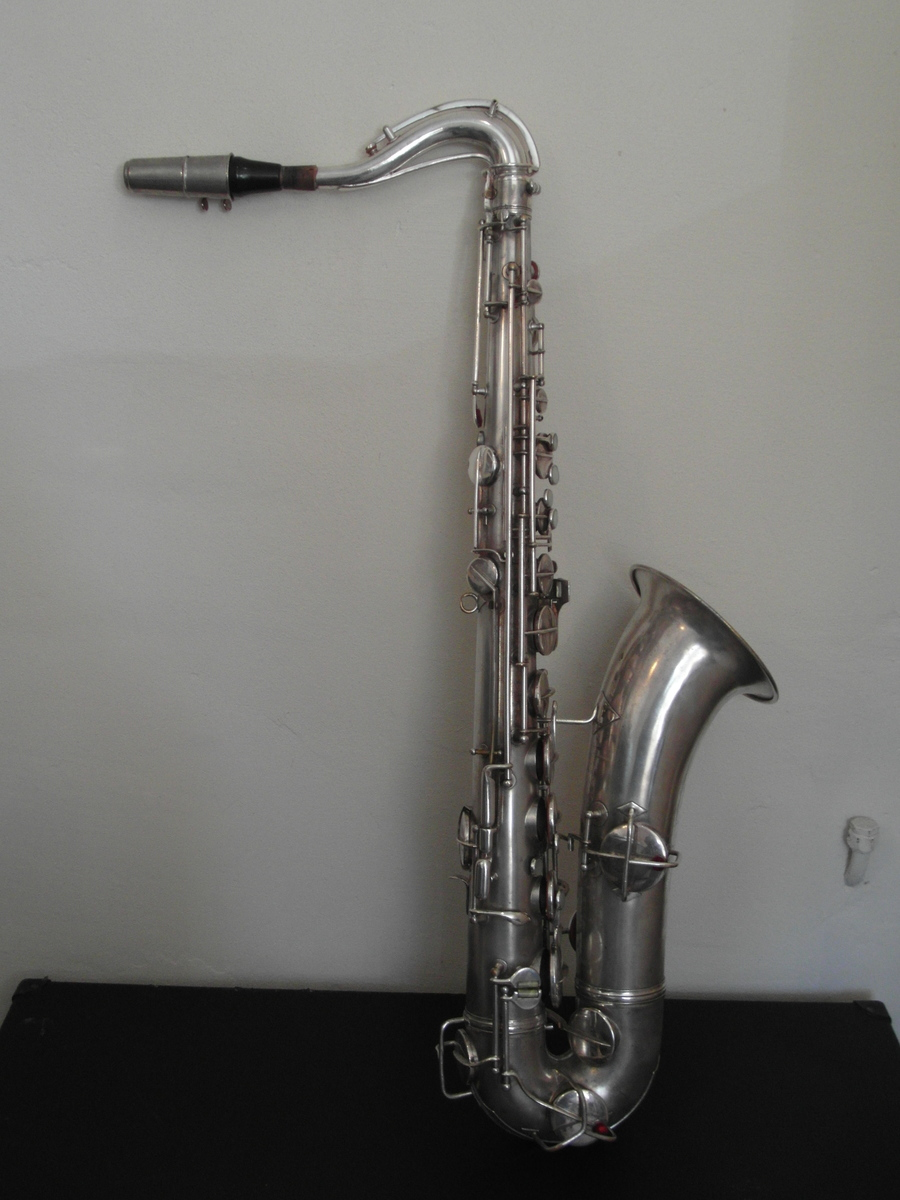how much worth is a cg conn ltd tenorsax elkhart ind pat dec saxophone people. Black Bedroom Furniture Sets. Home Design Ideas
