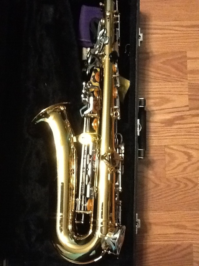 model and value of vito alto sax saxophone people. Black Bedroom Furniture Sets. Home Design Ideas