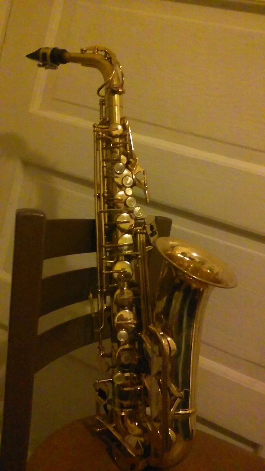 i have a conn saxophone n155302 i want to know how much i can sell saxophone people. Black Bedroom Furniture Sets. Home Design Ideas